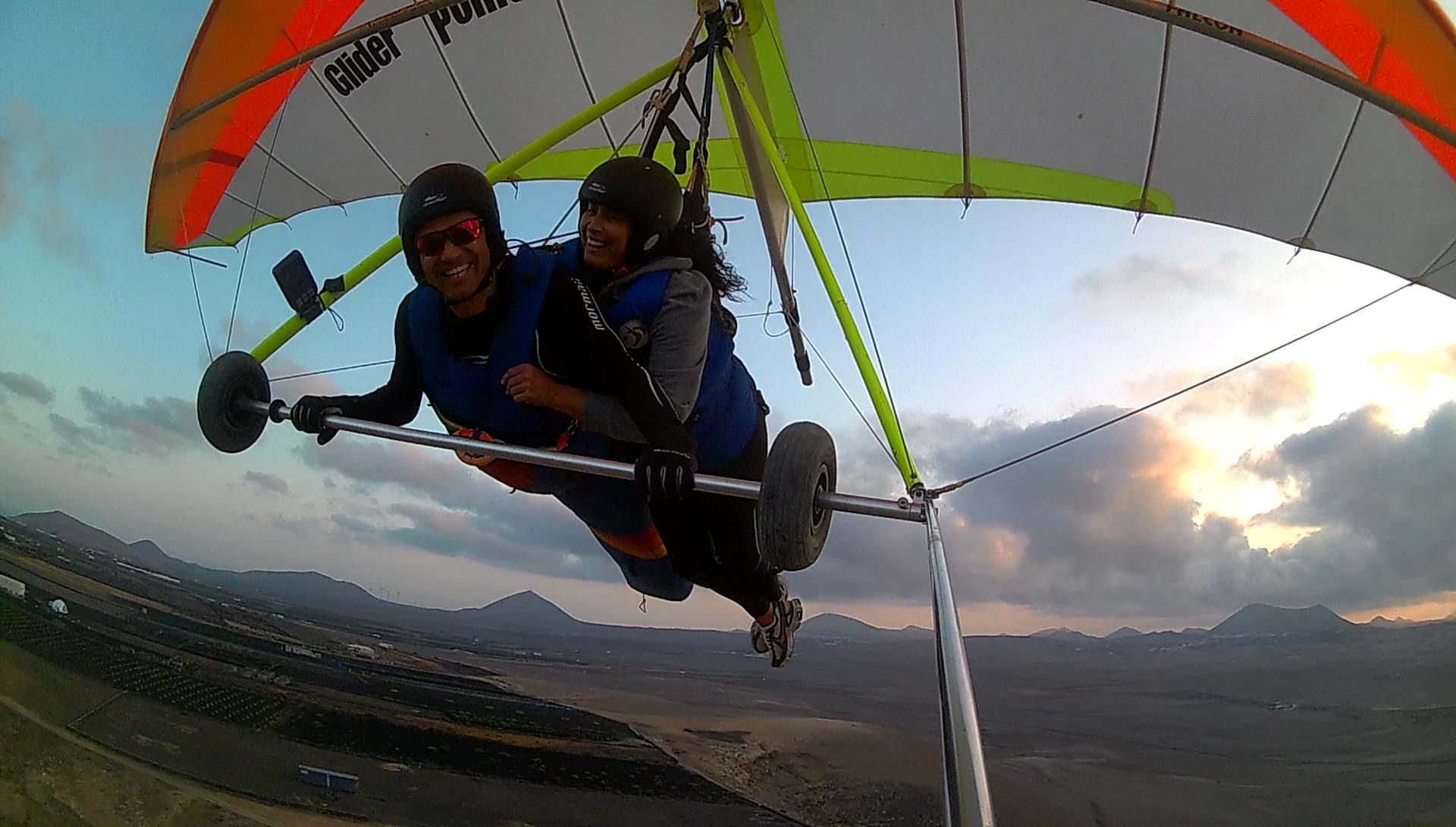 Lanzarote experiences tandem flights